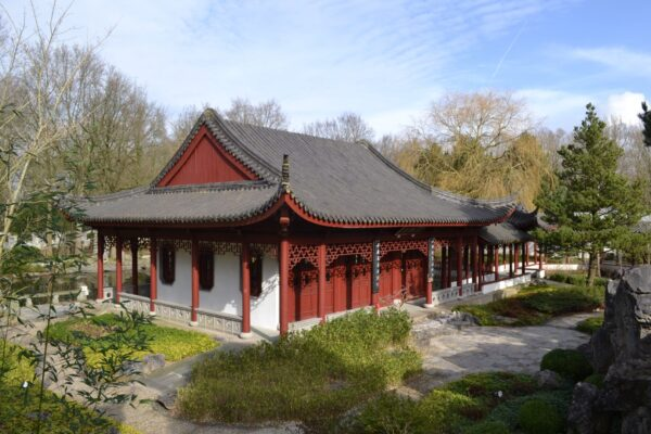 Iedere tuin heeft een eigen sfeer, zoals de Chinese tuin.